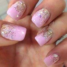 41 Pink and gold bridal manicure for summer