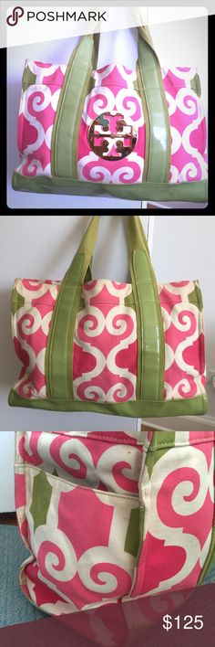 Tory Burch canvas tote bag Gently used canvas tote bag. Perfect for summer! 11 inches tall x 15.5 inches wide Tory Burch Bags Totes