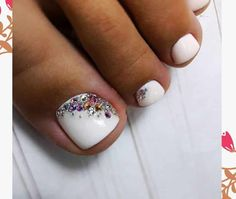 Onglerie Weiße Strass-Zehennägel Basil: The King of Herbs Article Body: One of the most popular herb Pretty Toe Nails, Cute Toe Nails, Fancy Nails, Gorgeous Nails, Diy Nails, Toe Nail Color, Toe Nail Art, Toenail Art Designs, French Pedicure Designs