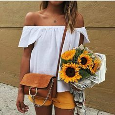 Betty is taking her tan for a Saturday stroll #whoisbetty #bettybrown #tan #faketan #bronze #babe #girl #life #beautiful #beauty #fauxtan #love #smile #happy #body #amazing #skin #life #summer #goodtimes #weekend via @sincerelyjules
