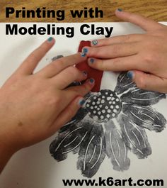 Looking for a quick, fun and creative printmaking project? Try printing with modeling clay - tons of fun and no special tools required. Art Lessons For Kids, Art Lessons Elementary, Art For Kids, Kids Printmaking, 4th Grade Art, Art Curriculum, School Art Projects, Art Lesson Plans, Tampons