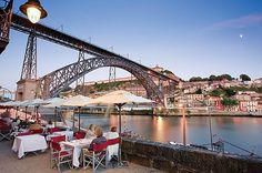 Douro River, Eating al fresco, Esplanada, Porto, Portugal http://img-1.justyou.co.uk/holidays/skcdos-portugals-duro-river-cruise-6-days-2-566x376.jpg