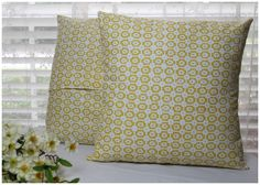 DIY180: How To Make A Pillow & Online Fabric Store Giveaway