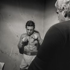 Boxing - LARRY FINK