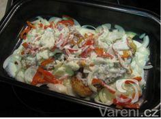 Cibulové vepřové řízky naruby Cabbage, Grains, Rice, Vegetables, Food, Essen, Cabbages, Vegetable Recipes, Meals