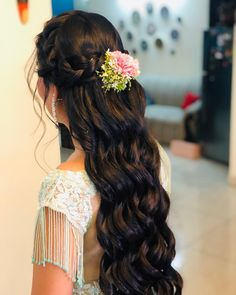 🌺A well-done bridal hairstyle is like the cherry on the cake of your final bridal look. Do you agree? ...... Bridal Hairstyle for Long Hair Bridal Wedding Hairstyle, Mehendi Hairstyle. Wedding Hair,WeddingNet #weddingnet #indianwedding #weddinghairstyle #mehendihairstyle #hairstyle #bunhairstyle  FOLLOW OUR INSTAGRAM @WEDDINGNET Indian Wedding Hairstyles, Hairstyle Wedding, Cherry Blossom Theme, Indian Makeup Artist, Best Bridal Makeup, Bridal Looks, Bun Hairstyles, Wedding Vendors, Long Hair Styles