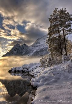Amazing Places to See - Beautiful Sunset in #Norway