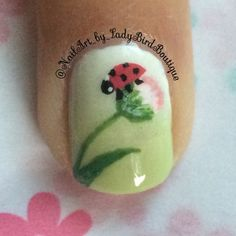 Instagram photo by @NailArt_by_LadyBirdBoutique #nailart #nails #naildesigns #springnails #flowernails