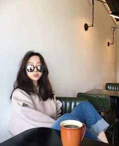 图片 Grunge Style, Soft Grunge, Korea Fashion, Asian Fashion, Women's Fashion, Ulzzang Fashion, Ulzzang Girl, Korean Girl, Asian Girl