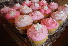 Image from https://thatsweetang.files.wordpress.com/2012/07/shades-of-pink-cupcakes.jpg.