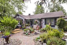Search Locate Homes Real Estate Listings Houses Apartments Land for sale Greater Vancouver Fraser Valley British Columbia, Canada. Fraser Valley, Real Estate Houses, Land For Sale, British Columbia, View Photos, Cabin, House Styles, Home Decor, Decoration Home