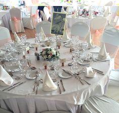 London inspired wedding table.