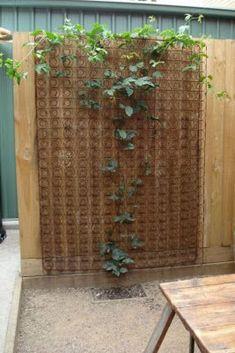 LordBee Brown Fairy Garden Ornament Wooden Arched Bridge Strong Construction Outdoor Patio Garden Decor Fashionable