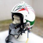 Frecce Tricolori Helmets – airbushed by Airbrushartstudio http://www.airbrushartstudio.it/frecce-tricolori-helmets-airbushed-by-airbrushartstudio.html