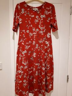 Next Maternity dress, size Lovely comfy dress, could be suitable for Christmas, office wear etc. Good used condition. Cheap Maternity Clothes, Asos Maternity Dresses, Cute Maternity Outfits, Maternity Clothing, Next Dresses, Comfy Dresses, Ball Dresses, Women's Floral Shorts, Maxi Dress Wedding