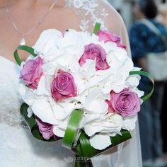 Buchet de mireasa/nasa doar la 123flori Nasa, Bouquets, Floral Wreath, Wreaths, Floral Crown, Bouquet, Door Wreaths, Bouquet Of Flowers, Deco Mesh Wreaths