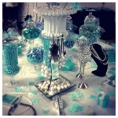 Tiffany & Co. Candy Bar decor by PartyPartyYayy