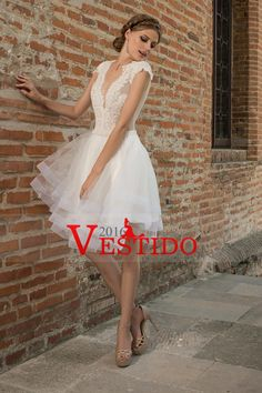 2016 vestidos de boda atractivo del cuello de V de tul con apliques Mini US$ 199.99 VEPNMH8G2Y - 2016Vestido.com for mobile