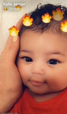 Kylie Jenner dotes on Stormi after being mom-shamed for Coachella trip Travis Scott Kylie Jenner, Kyle Jenner, Jenner Kids, Jenner Family, Kylie K, Kendall And Kylie Jenner, Cute Little Baby, Cute Babies, Mixed Babies