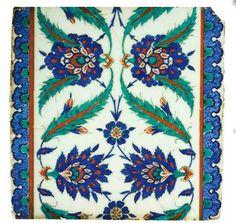 AN IZNIK POTTERY TILE OTTOMAN TURKEY, CIRCA 1580