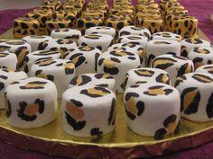 Animal print mini cakes
