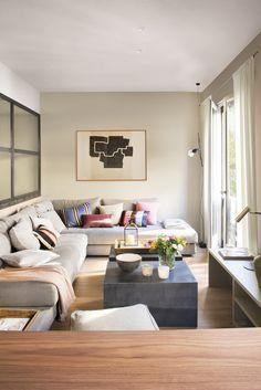DSC5364. salon con sofa en L gris