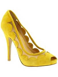 sunny yellow pumps by French Connection Jimmy Choo, Yellow Pumps, Yellow Shoes Heels, Christian Louboutin, Jaune Orange, Mellow Yellow, Mustard Yellow, Pretty Shoes, Gucci