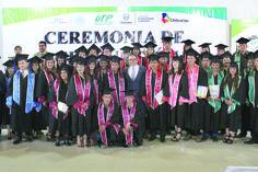 Se gradúan 64 alumnos de la Tecnológica de la Tarahumara