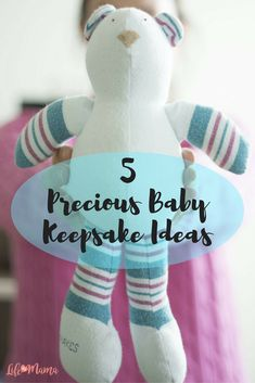 You can keep something of your baby's as a reminder of his first days, or you can create a memento and give it as a gift to a new mom. Cherish the time you have with your baby, and consider one of these ideas to permanently etch those memories into your mind.