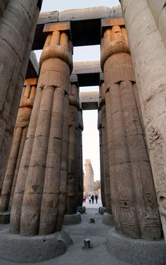 Karnac temple in Luxor, Egypt Ancient Ruins, Ancient History, Ancient Egyptian Architecture, Luxor Temple, Valley Of The Kings, Egypt Travel, Interesting Buildings, Egyptian Art, Machu Picchu