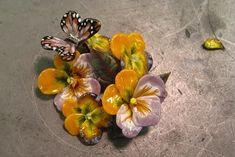 """Lucrare incredibil de fină a lui Lauren Stump. artist sticlă Loren Stump (Lauren Stump) produce decor foarte neobișnuit de tăiat sticlă """"pâini"""" obținute cea mai veche metodă numită «Murrine»."""