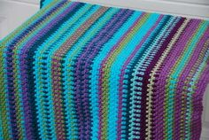 Temperature Blanket - lovely colours in moss stitch by Jeanne Steinhilber at The Crochet Crowd. Crochet Crowd, Knit Or Crochet, Cute Crochet, Crochet Baby, Yarn Projects, Crochet Projects, Crochet Tutorials, Crochet Ideas, Knitted Afghans