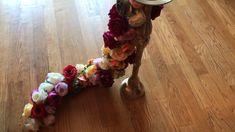 DIY- Garland centerpiece - New Site Diy Garland, Diy Wedding Garland, Wedding Stage Decorations, Backdrop Decorations, Diy Party Decorations, Diy Quinceanera Decorations, Floral Garland, Balloon Garland, Flower Centerpieces