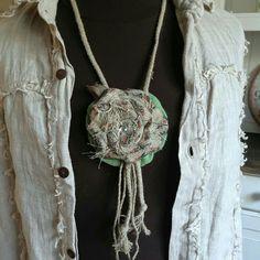 linen jewelry handmade linen hit Crochet Necklace, Lens, Handmade Jewelry, Fashion, Moda, Handmade Jewellery, Fashion Styles, Klance, Jewellery Making
