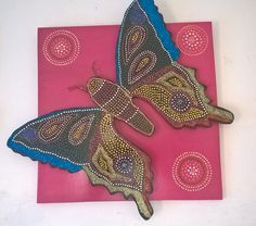 Mariposa étnica. MDF