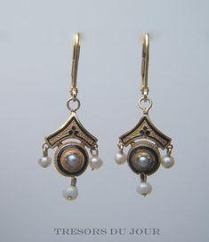 Antique EDWARDIAN 18kt GOLD EARRINGS with Black enamel and seed pearls  by TresorsDuJour