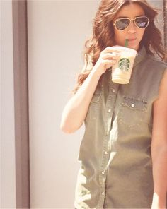 Gotta have your Starbucks dont ya El? Haha! We love you!!