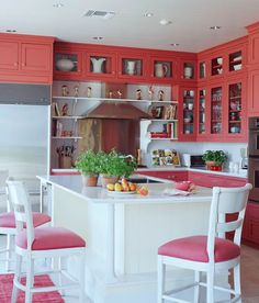 Color-Happy Beach House - Traditional Home