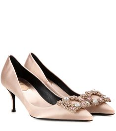 Roger Vivier - Flower embellished satin pumps - The sumptuous champagne-nude hue will enliven any look, while the crystal-embellished buckle to the toe adds dazzling sparkle. End your looks on a streamlined note with these point-toe beauties. - @ www.mytheresa.com