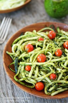 Zucchini Noodles with Pesto and Tomatoes #Healthy