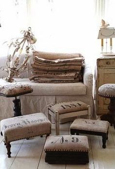 Re-upholster benches. foot stools and any furniture with Jute/Burlap/Hessian and go rustic without harming the planet! Furniture Projects, Furniture Makeover, Diy Furniture, Repurposed Furniture, Painted Furniture, Upholstered Bench, Home And Deco, Country Decor, Upholstery