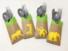Cutlery Bags  Zoo Party  Zoo Birthday  Animal Party Zoo Birthday, Animal Birthday, First Birthday Parties, First Birthdays, Birthday Ideas, Safari Theme Party, Jungle Party, Party Themes, Disney Cars Party