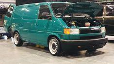 Car Volkswagen, Vw Bus, Vw T4 Tuning, T4 Camper, Vw Vanagon, Day Van, Volkswagen Transporter, Van Life, Cars And Motorcycles