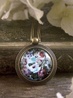Shabby chic flowers pendant, Antique style floral necklace, Floral pendant, Mauve pink gray vintage roses necklace, Flower necklace