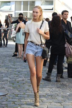 Love Candice's easy summer look, the boots & bag are the perfect way to dress up the simple tee and cut-offs