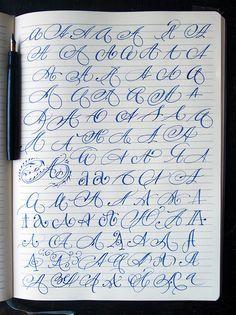 Echa un vistazo a este proyecto @Behance: \u201cCapital letters\u201d https://www.behance.net/gallery/40268563/Capital-letters