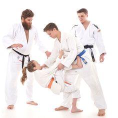 Union West Wien, Judo, Gürtel, Würfe, Festhaltegriffe, Hebel, Würge, Verein