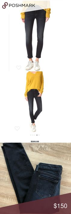 """MOTHER the looker coffee tea or me 28 crop Like new worn once. Still retail on shopbop for $205. They are gorgeous and fit so well but i prefer high waist jeans at the moment.  The color is super dark navy almost grayish black. Just like on the model. Waist across 14.5"""" Inseam 26"""" ‼️open to reasonable offers MOTHER Jeans Skinny"""