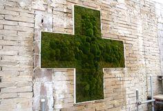Moss Cross in the Urban Physic Garden, UK  // Great Gardens & Ideas //