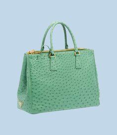 Handbag and purse wants on Pinterest | Coach Poppy, Coaches and Prada